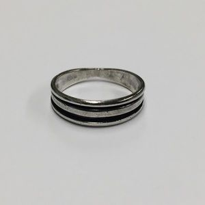 Other - Sterling Silver 9.25 stamped band ring size 12.5